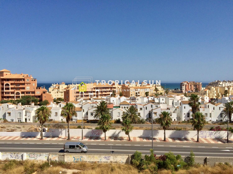 Penthouse in Roquetas de Mar, Brisa I building, Buena Vista area